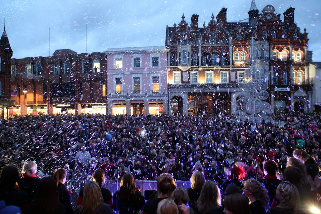 Christmas Lights Switch On 2012